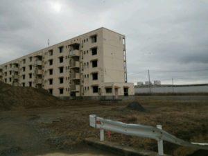 写真:陸前高田の被災した集合住宅跡